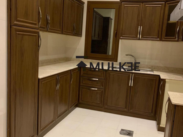 Flat for rent in shaab area close to beach,