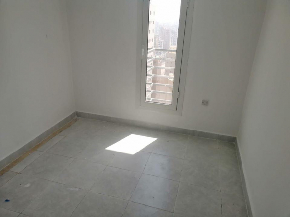 Free Month ! Studio flat for rent in salmiya,