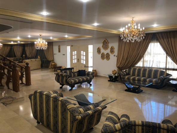 Furnished villa in Jabriya,